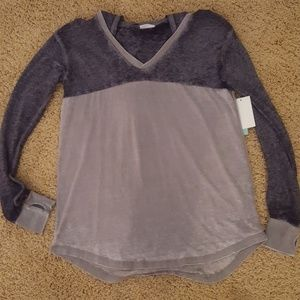 Long sleeve shirt hoodie new size small